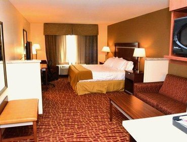 Апартаменты Holiday Inn Express Hotel & Suites Glendive