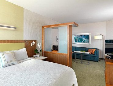 Апартаменты SpringHill Suites by Marriott Canton