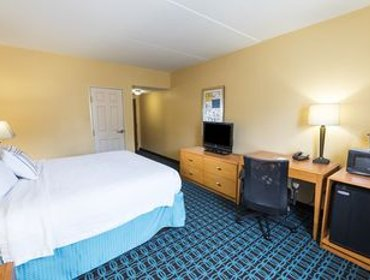 Апартаменты Fairfield Inn & Suites Marianna