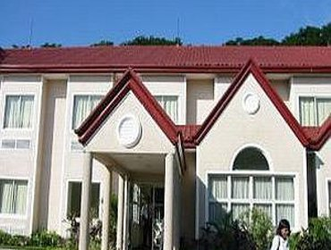 Апартаменты Microtel by Wyndham Tarlac