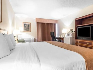 Апартаменты Quality Inn & Suites Canon City