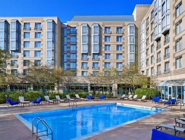 Апартаменты Sheraton Suites Chicago Elk Grove