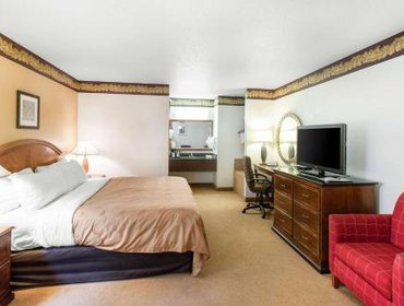 Апартаменты Mount Rushmore's Washington Inn & Suites
