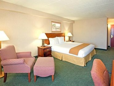 Апартаменты Holiday Inn Express and Suites Pittsburgh West Mifflin