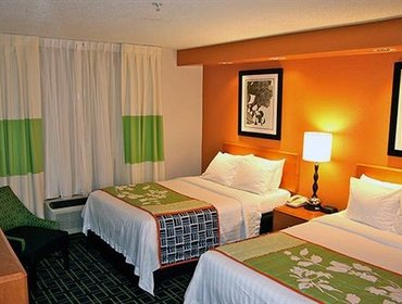 Апартаменты Fairfield Inn and Suites Youngstown Austintown