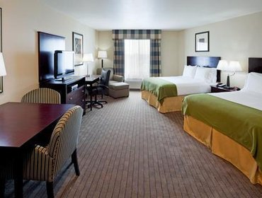 Апартаменты Holiday Inn Express Hotel & Suites Syracuse North Airport Area