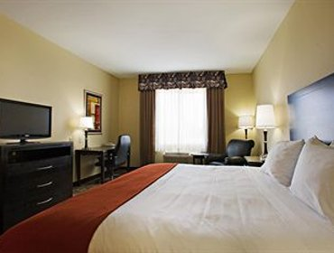 Апартаменты Holiday Inn Express and Suites Snyder