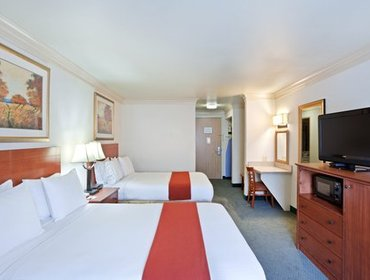 Апартаменты Holiday Inn Express Hotels & Suites Burlington