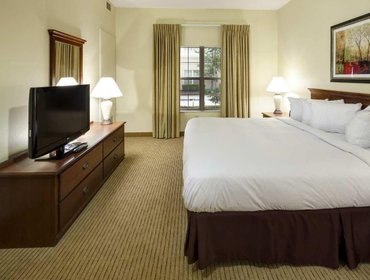 Апартаменты Homewood Suites Newark Cranford