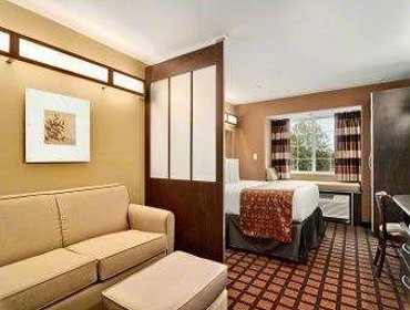Апартаменты Microtel Inn & Suites by Wyndham Estevan